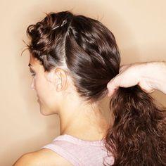 Flecht-Dutt à la Sissi: Step 2 Sissi, Short Grey Hair, Easy Hairstyles, Bridal Hairstyles, Hair Hacks, Beauty, Hair Styles, Women, Nails