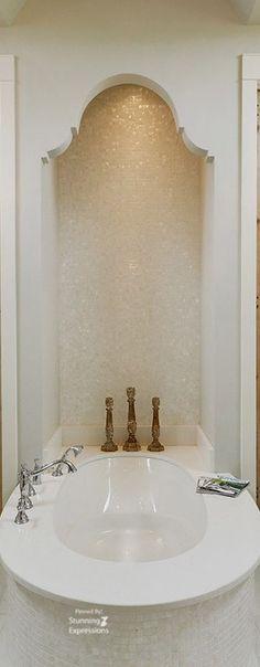 Badezimmer Schminktisch Dekor, Badezimmer Einrichtung, Innendekoration,  Romatische Häuser, Luxus Badezimmer, Damentoiletten, Halbes Badezimmer,  Badezimmer
