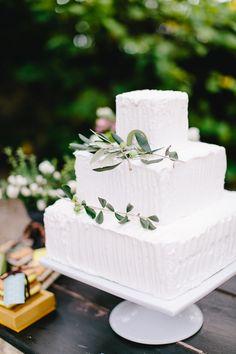 Toskana Hochzeitsworkshop von Carmen and Ingo Photography, mit Doreen Winking Weddings, Süßes und Kuchen von Torten und Patisserieservice suess-und-salzig, Papeterie von Die exklusiven Einladungskarten
