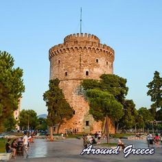 Good morning from the famous White Tower of Thessaloniki in Macedonia in North Greece  #Thessaloniki #Macedonia #Greece #WhiteTower #aroundgreece #visitgreece #holidays #tourism #vacations