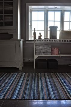 Recycled Fabric, Woven Rug, Country Living, Loom, Weaving, Rugs, Interior, Life Inspiration, Carpets