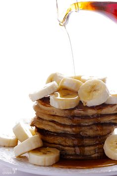 Banana Pancakes Recipe   gimmesomeoven.com