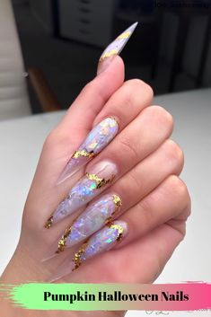Nail art Christmas - the festive spirit on the nails. Over 70 creative ideas and tutorials - My Nails Aycrlic Nails, Glam Nails, Hair And Nails, French Nails Glitter, Long Stiletto Nails, Pointed Nails, Fire Nails, Best Acrylic Nails, Manicure E Pedicure