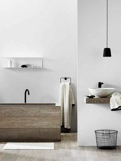 Here we showcase a a collection of perfectly minimal interior design examples for you to use as inspiration.Check out the previous post in the series: 20 Examples Of Minimal Interior Design #2010,000 people are receiving exclusive UltraLinx-related content from our monthly newsletter. Don't miss out, subscribe here.