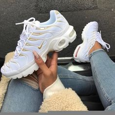 Top 10 Dashing Nike Air Max Plus Sneakers - Page 3 of 10 - WassupKicks Nike Air Max Plus, Nike Air Max Tn, Tenis Nike Air Max, Tn Nike, Nike Air Max White, Cute Shoes, Me Too Shoes, Women's Shoes, Shoe Boots