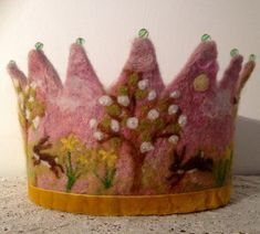 March Hare Springtime Waldorf Birthday Crown van SusannaW op Etsy