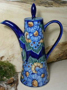 """This is how a true """"coffee pot"""" looks like! Polish pottery ;)"""