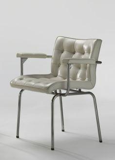 René-Jean Caillette; 'Capitonnée' Chair, 1960. Find Furniture, Vintage Furniture, Furniture Design, Mid Century Chair, Mid Century Furniture, Create A Board, 1950s House, Single Sofa, Take A Seat