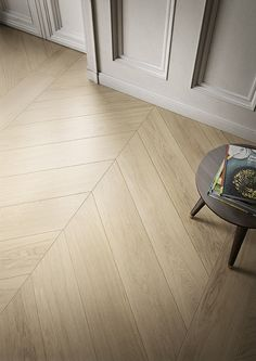 Fabula series bring warmth at home with their lightest patterns of porcelain stoneware tiles. Chevron Bathroom, Chevron Tile, Wood Effect Porcelain Tiles, Wood Look Tile, Porcelain Floor, Country Kitchen Plans, Wood Floor Design, Timber Planks, Herringbone Wood Floor