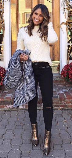 cozy outfit idea / knit sweater + plaid blazer + black rips + bronze boots