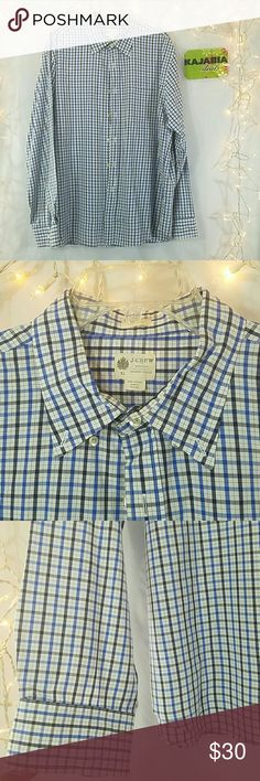💥NEW LISTING💥J.CREW Shirt. Size XL Excellent condition J. Crew Button down Shirt Size XL Pre owned. No rips. No spots 100% cotton Tailored fit Wshed casual J. Crew Shirts Casual Button Down Shirts