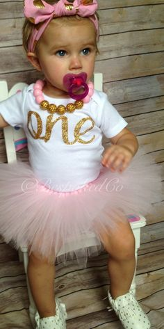 This gorgeous set is one of my favorites! This soft pink tutu and glitter gold stands out in a beautiful way! Pink and gold are dazzling together, its