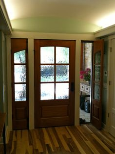 Privacy glass for exterior door with side lights.... And can open for breeze
