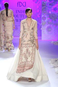 Rahul Mishra | India Couture Week 2016 #PM #indiancouture #rahulmishraICW2016