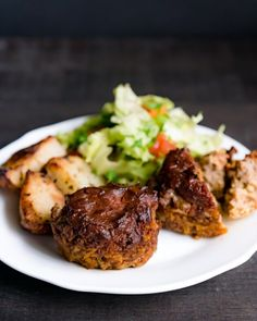 Easy Meatloaf Muffins with Barbecue Glaze