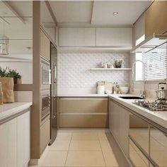Inspiração de cozinha nunca é demais!  Autoria do Projeto: Ambientálize Arquitetura  