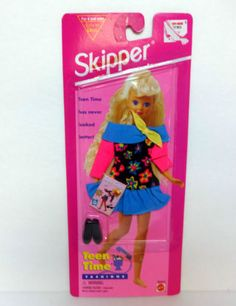 N Vintage 1995 Skipper Teen Time Fashions sister of Barbie floral print outfit  I have this Skipper with the long, crimped blonde hair.