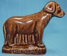 Wade Figurines Chocolate Labrador Pet Shop Series