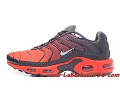 Drake Reveals Nike Air Max Plus For Stage TN 2019 Bright Red Black Men's Running Shoes Sneakers Nike Air Max Tn, Nike Air Max Plus, Air Max Plus Tn, Tn Nike, Cheap Nike Air Max, Nike Air Max For Women, Mens Nike Air, Nike Air Vapormax, Nike Basketball
