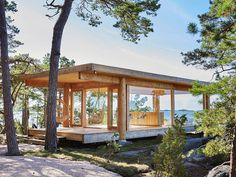"""A chapel on the island of Kemiö: """"Here we have everything that we have always dreamed about"""" Glass Cabin, Glass House, Tiny House Cabin, Tiny House Design, Pergola, Gazebo, Building A Sauna, Small Buildings, House In The Woods"""