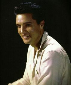 Elvis publicity shoot