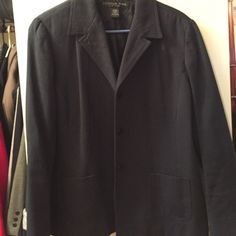 Women's Blazer OFFERS WELCOME! Nice blazer in excellent condition! Great textured fabric with buttons. Donna Rae Jackets & Coats Blazers
