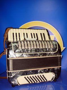 Acordeon vintage  sin marca- coleccionismo Intrumento musical
