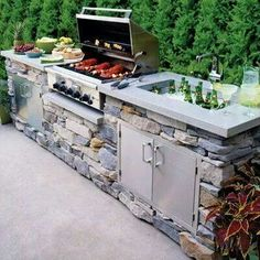 outdoor kitchen ideas, This is a great island idea for your outdoor living space. I really like the look of stones in the outdoor bbq area. With the lighter concrete counter top. Casa Patio, Backyard Patio, Backyard Kitchen, Patio Grill, Backyard Ideas, Outdoor Grill Area, Outdoor Grill Station, Outdoor Grilling, Summer Kitchen