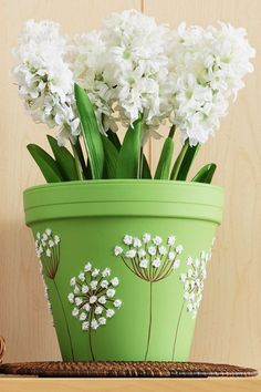 Craft Painting Queen Anne's Lace Clay Pot - Plant Pot - Ideas of Plant Pot - Craft Painting Queen Anne's Lace Clay Pot Flower Pot Art, Flower Pot Design, Clay Flower Pots, Flower Pot Crafts, Painted Plant Pots, Painted Flower Pots, Painted Pumpkins, Clay Pot Projects, Clay Pot Crafts