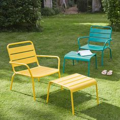 Garden armchair and footrest in peacock blue metal Batignoles   Maisons du Monde