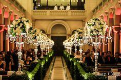 Capela do Sion Indicado para: Noivas clássicas  Espaço: Comporta até 350 pessoas  Localização: Avenida Higienópolis, 983. São Paulo- SP. Fone: 3825-6966
