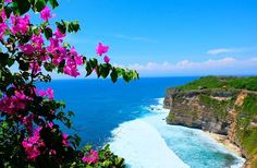 Reposting @out_of_the_office_dan: Uluwatu Temple, Bali, Indonesia  #uluwatu #uluwatutemple #bali #indonesia #balinese #travelporn #travel  #asia #southeastasia #tourism #ilovetravel #traveltheworld #tourist #amazing #beautiful #travelloco #betterthanfiction #relax #temple #dontworrybehappy #colours #holiday #wakacje #azja #fujifilm #fujifilmxt20  #instatravel #culture