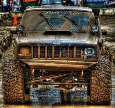 Jeep XJ in the mud