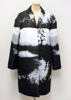 Mary Katrantzou Monochrome Printed Lightweight Coat | From a collection of rare vintage coats and outerwear at https://www.1stdibs.com/fashion/clothing/coats-outerwear/