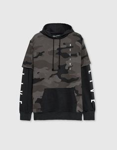 Camouflage hooded sweatshirt - Sweatshirts - Clothing - Man - PULL&BEAR United K. Edgy Outfits, Swag Outfits, Cool Outfits, Fashion Outfits, Tomboy Fashion, Teen Fashion, Jugend Mode Outfits, Trendy Hoodies, Pantalon Cargo