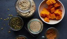 Léčivý a chutný smrk - Slunečný život Turmeric, Granola, Hummus, Pudding, Pumpkin, Fruit, Breakfast, Ethnic Recipes, Desserts
