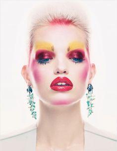 Magazine: Vogue UK November 2012 Title: Mix Master Photographer: Patrick Demarchelier Model: Daphne Groeneveld Editor: Nicola Moulton Make-Up: Yadim Patrick Demarchelier, Vogue Uk, Fashion Editorial Makeup, Beauty Editorial, Dior Beauty, Beauty Makeup, Vogue Makeup, Beauty Uk, Makeup Inspo