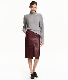 Burgundy. PREMIUM QUALITY. Pencil skirt in soft leather with concealed side zip…