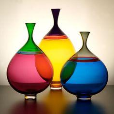8 Simple and Creative Tips and Tricks: Big Vases Diy greek vases ceramics.Vases Fillers How To Make fall vases fillers.Old Vases Nail Polish. Verre Design, Glass Design, Fused Glass, Stained Glass, Glass Bottles, Glass Vase, Wine Bottles, Cristal Art, Glas Art