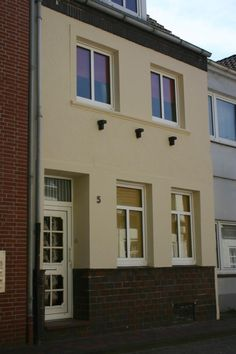 Leer house rental