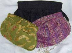 Pattern and instructions on how to sew a clutch purse.  I have been collecting fabrics to use for this!