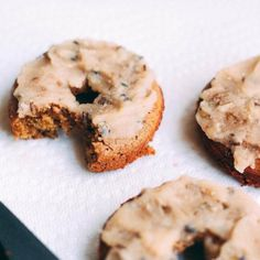 These no-fry, baked donuts will blow your mind. The secret ingredient? A high-fiber, high-protein flour. (No gluten, of course!) - yummy!!!