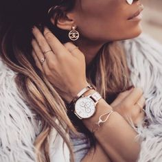 Blogger Frassy Audrey wearing our Chrono Detail Dot Design Rose Gold Bracelet <3