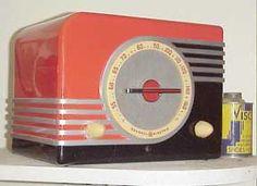 GE F-40 Bakelite Radio