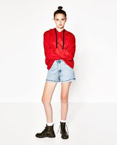 Image 1 of MOM FIT DENIM SHORTS from Zara