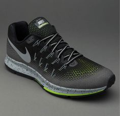 883799c3db815 air zoom pegasus 33 shield Nike Air Zoom Pegasus