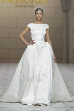 Pronovias has unveiled their sparkling new wedding gown collection - and we're in love! Pronovias Dresses, Pronovias Wedding Dress, 2015 Wedding Dresses, Elegant Wedding Dress, Wedding Dress Styles, Wedding Attire, Bridal Dresses, Wedding Gowns, Boat Neck Wedding Dress