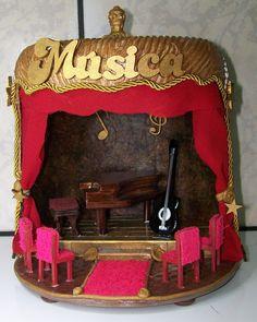 POTE AMBIENTE MUSICAL <br>TÉCNICA: POTE PLÁSTICO RECICLAVEL ... COM ILUMINAÇÃO ..MDF ... PAPEL CRAFT EM 2 TEXTURA... FILTRO DE CAFÉ... JUTA...EVA... PÁTINA CERA... VERNIZ VITRAL... VERNIZ A PROVA DE ÁGUA... VERNIZ A BASE DE ÁGUA... PÁTINA CERA..SOBRAS DE ARTE FRANCESA... APLIQUE EM RESINA ..APLIQUES EM MDF... TECIDO... CORDÕES...E MUITO MAIS.. <br>COR E DECORAÇÃO ENQUANTO EM ESTOQUE OU EM MERCADO <br>MEDIDAS APROXIMADAS