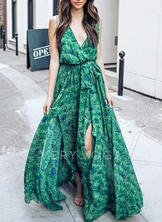 Green Bohemia Sleeveless Printed Maxi Dress Loose style match green is so wild and gentle,light your beauty. Vestido Maxi Floral, Vestido Casual, Chiffon Maxi Dress, Maxi Dress With Sleeves, Maxis, Daytime Dresses, Casual Dresses, Prom Dresses, Long Dresses