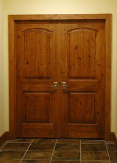 I like this wooden door.